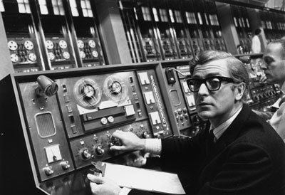 A young Michael Caine doing Juniper labs.